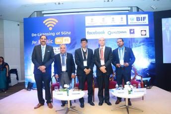 De-Licensing of 5Ghz for Public WiFi